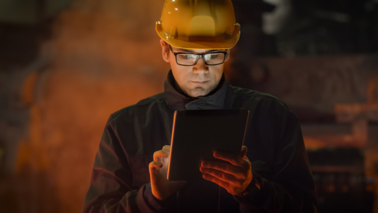 Apps versus browsers: why an app-based approach is best for field service workers